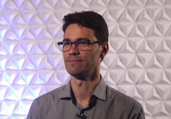 Professor no mercado de trabalho: docente Cristiano Klinger da UCPel