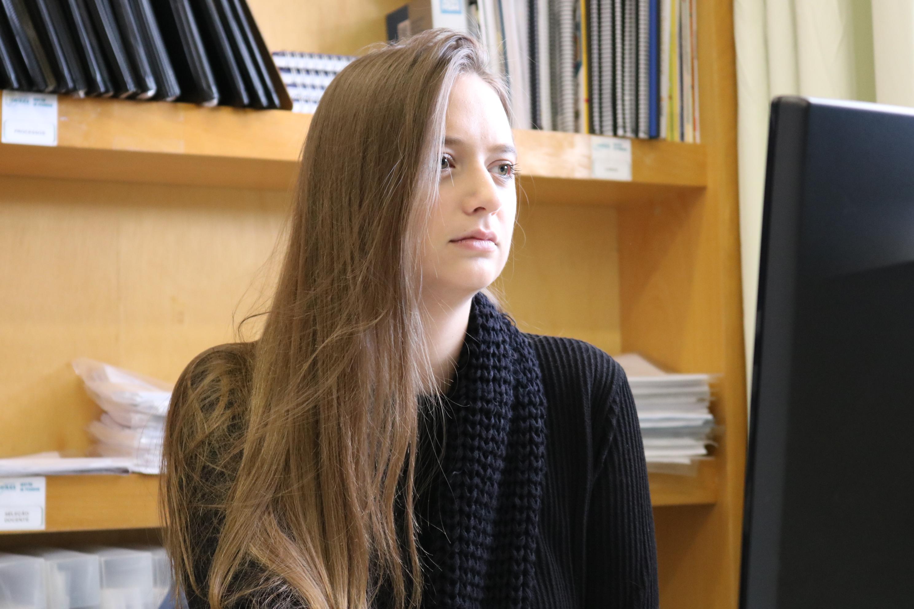 Elen-hobuss-aluna-ucpel-psicologia