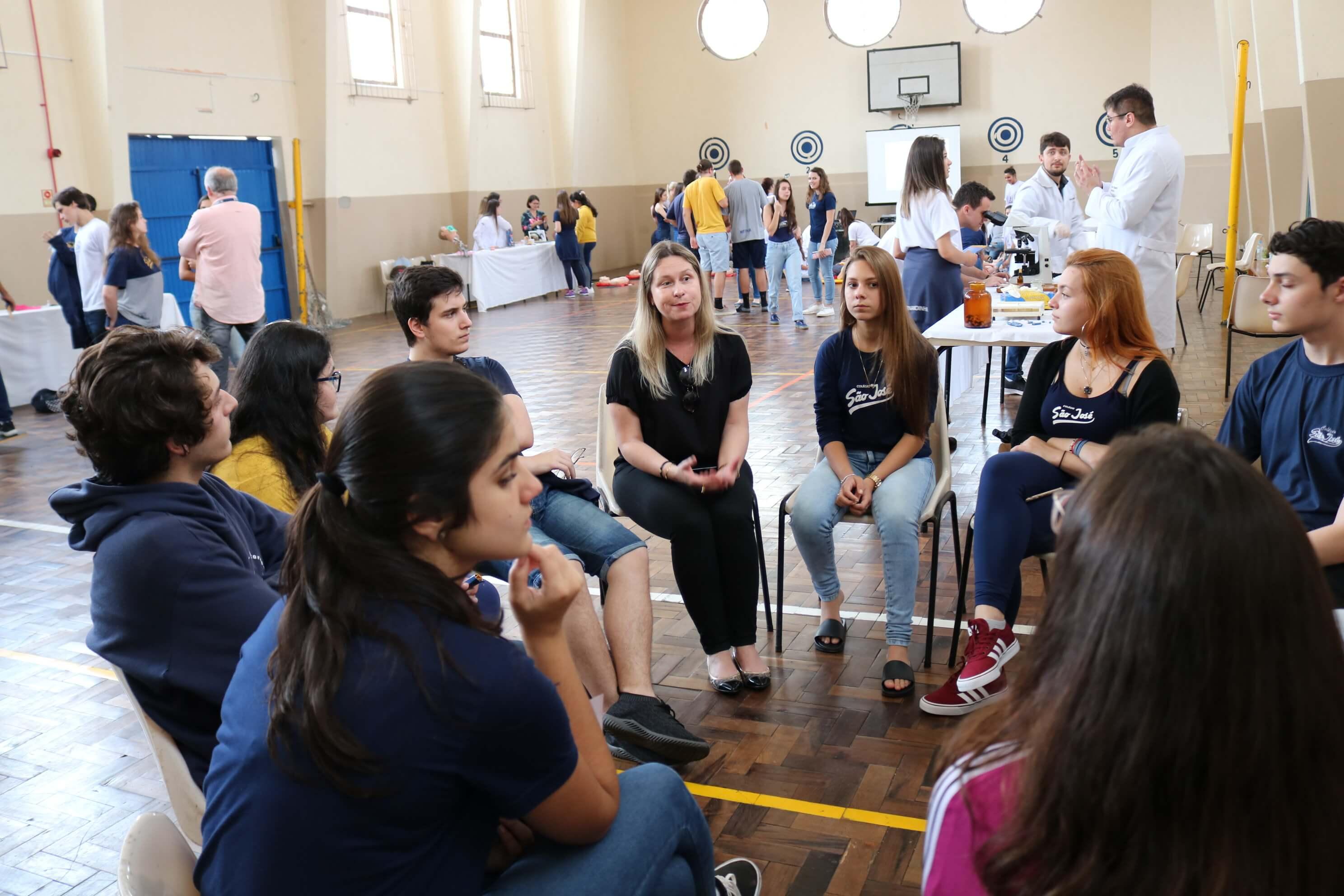 cursos UCPel, UCPel apresenta cursos na Semana das Profissões do Colégio São José