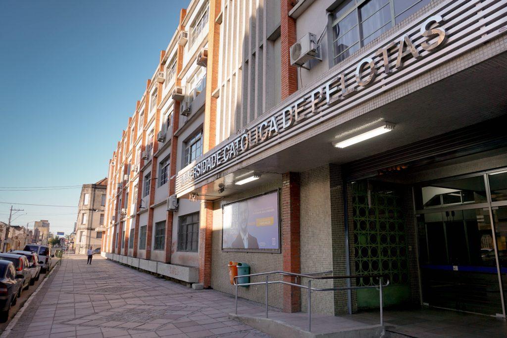 Estrutura da UCPel - fachada Campus I
