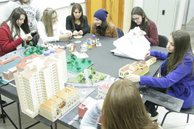 Laboratórios, corpo docente e projetos de extensão são destaque na infraestrutura do curso de Arquitetura e Urbanismo da UCPel
