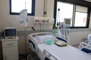 leito de uma unidade de fisioterapia intensiva